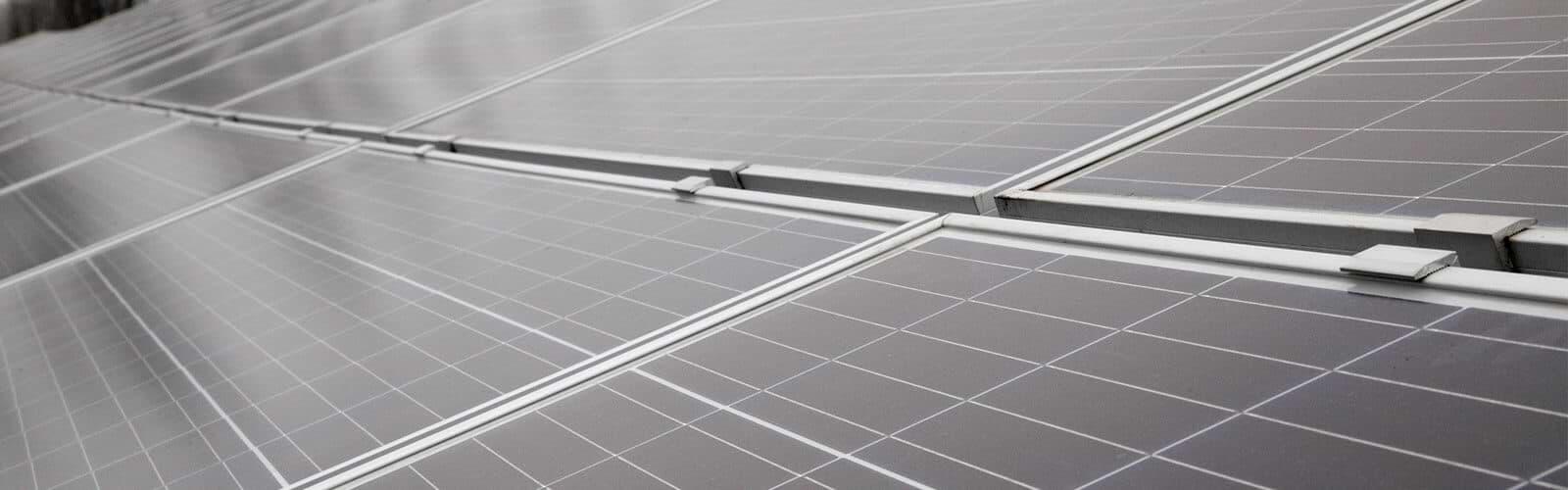 solar charging batteries
