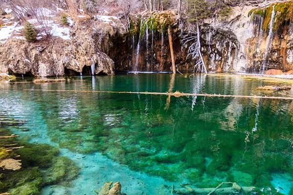 Hanging Lake clear water day