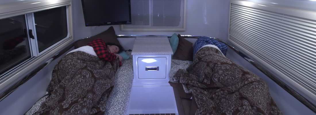 4 season rv twin bed floor plan